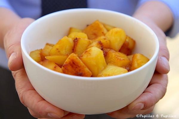 Dés d'ananas dorés