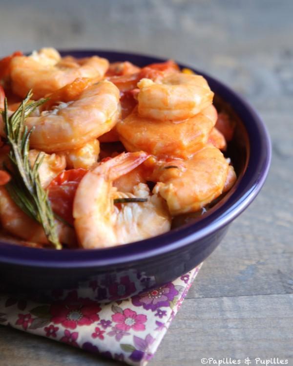 Crevettes aux tomates, à l'ail et au romarin