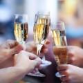 Champagne (c) Dasha Petrenko shutterstock