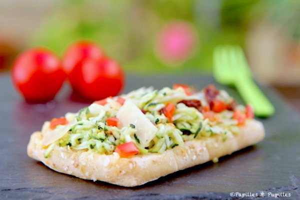 Tartines courgettes rapees Tomates Parmesan