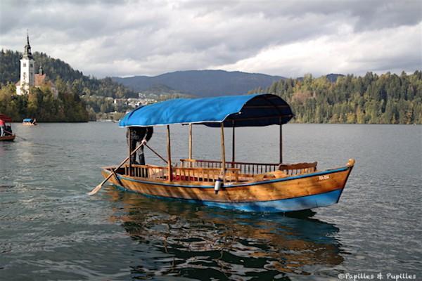 Barque sur le lac Bled, Slovénie