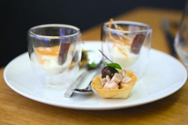 Tartelette de volaille fermière, verrine crémeuse de betterave blanche, Cecina de Buey de León
