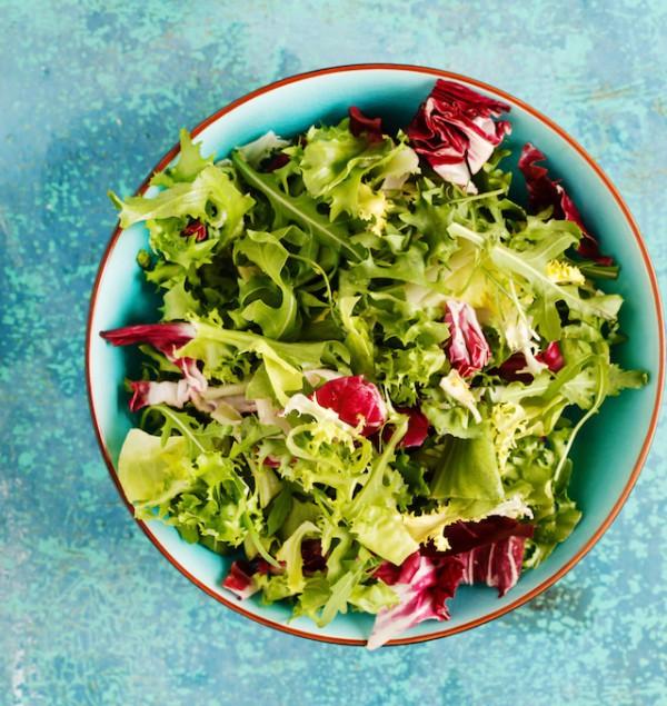 Salade (c) Shebeko shutterstock
