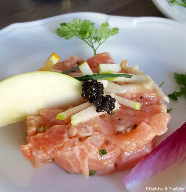 Tartare avec caviar
