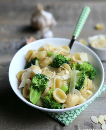 Orecchiette aux brocolis et amandes
