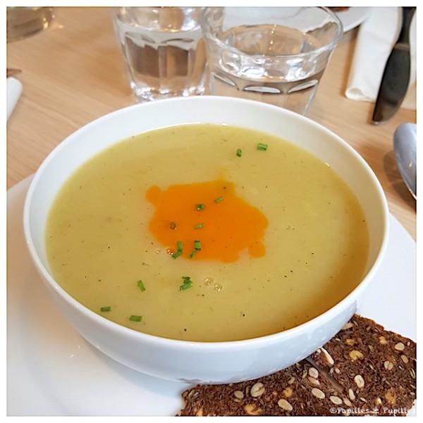 Soupe du jour - Poireaux pomme de terre romarin - 4,50 €