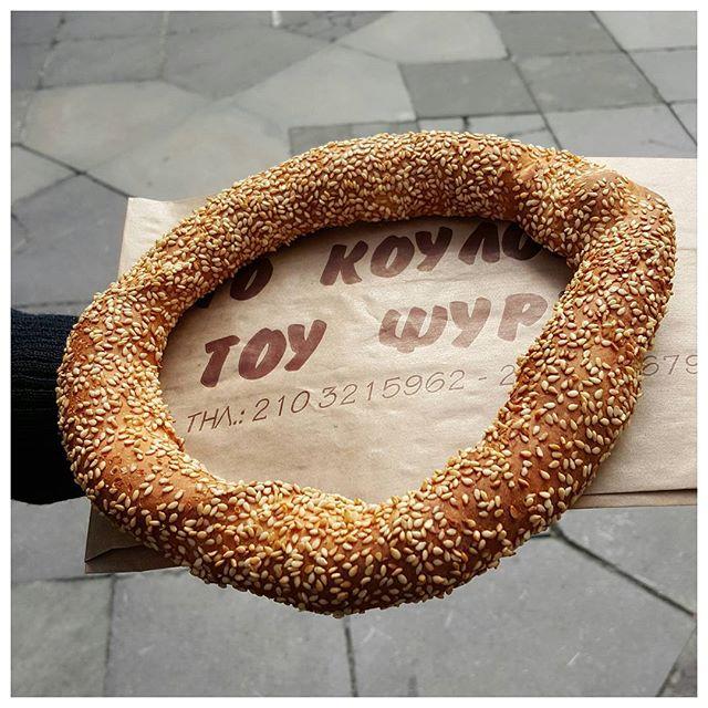 Kourouli - pain grec au sésame