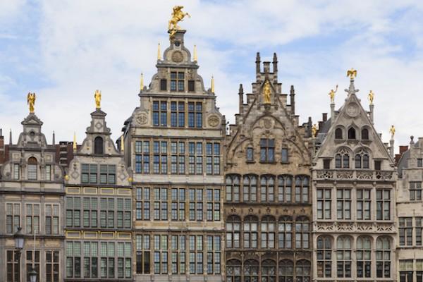 Anvers - Grand place (c) Ralf Gosch shutterstock