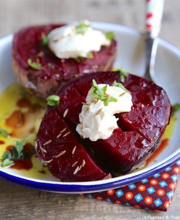 Betterave rouge au four, fromage frais cumin et persil