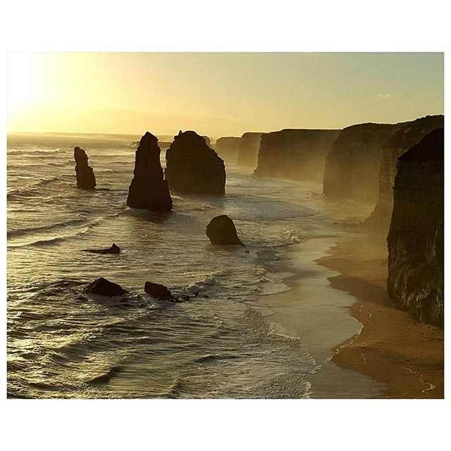 12 Apostles - Great ocean road - Australia