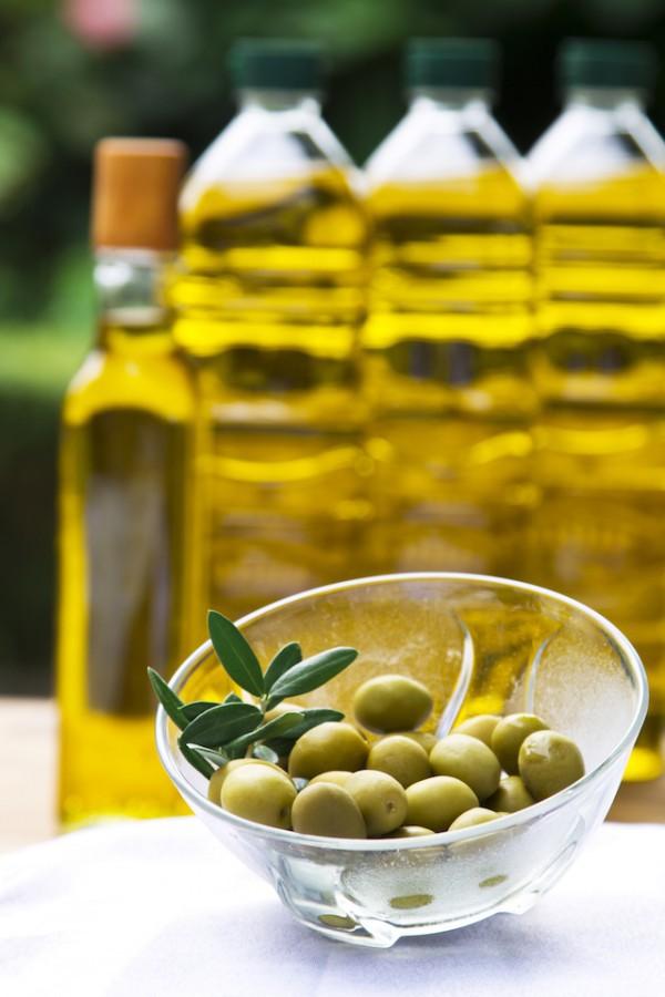 Huile d'olive (c) tetxu shutterstock