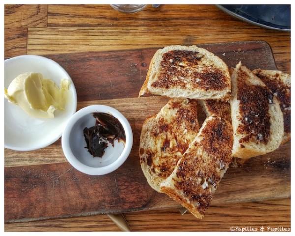 Toasts à la vegemite