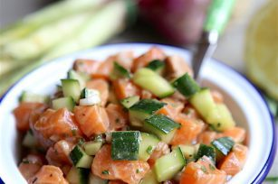 Saumon et concombre en tartare