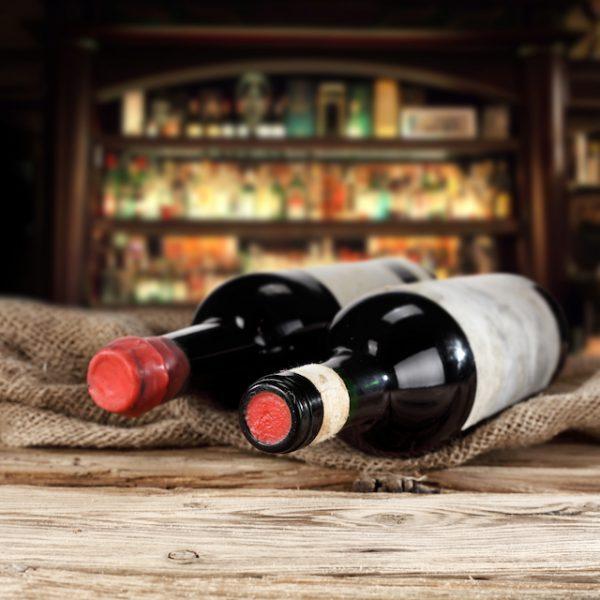 Bouteilles de vins (c) S_Photo shutterstock