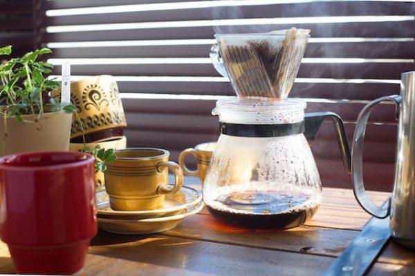 Café filtre (c) ucchie79 shutterstock