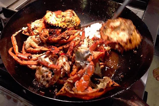 Faire frire le crabe