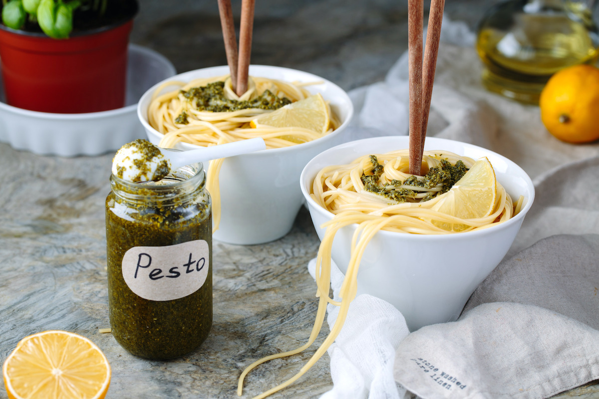 Spaghetti au pesto maison