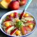 Salade de quinoa, nectarine, melon et basilic