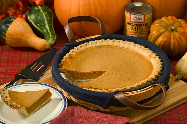 Pumpkin pie - By Peggy Greb [Public domain], via Wikimedia Commons