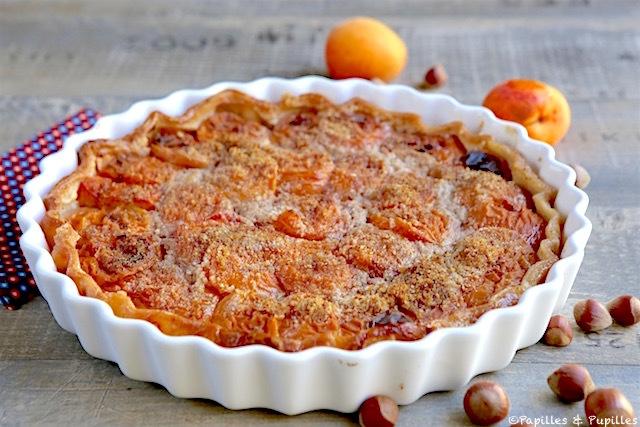 Tarte abricots noisettes