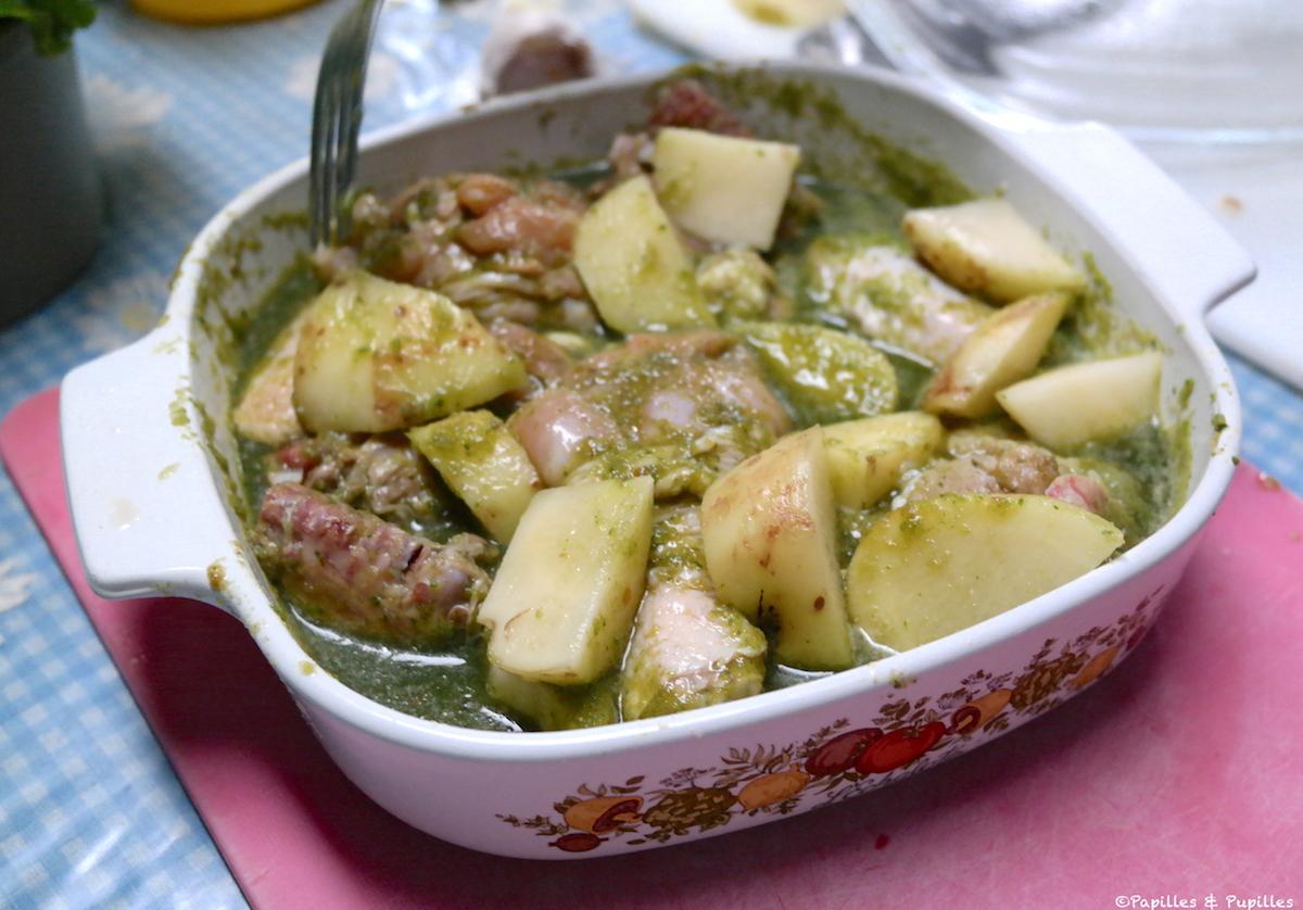 Poulet et pommes de terre, marinés