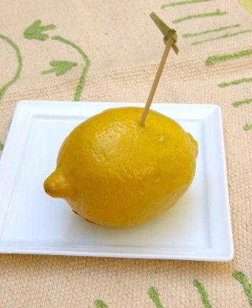 Comment obtenir quelques gouttes de jus de citron