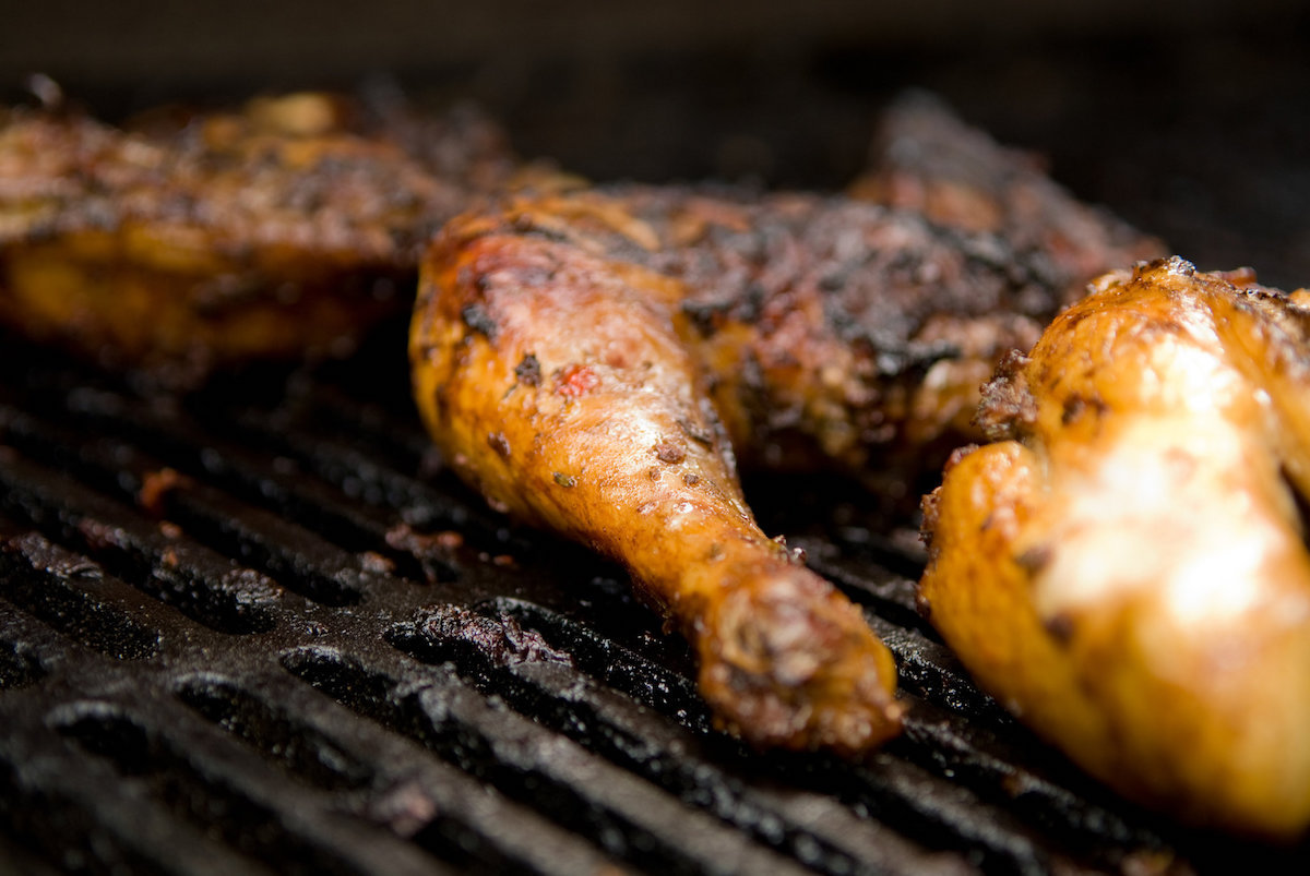 Jerk chicken (c) Jennifer May for the New York Times