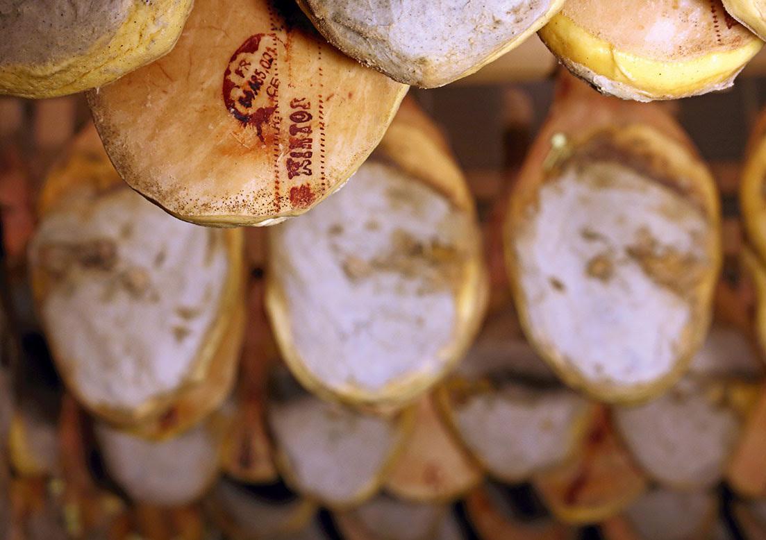 Jambons - séchage