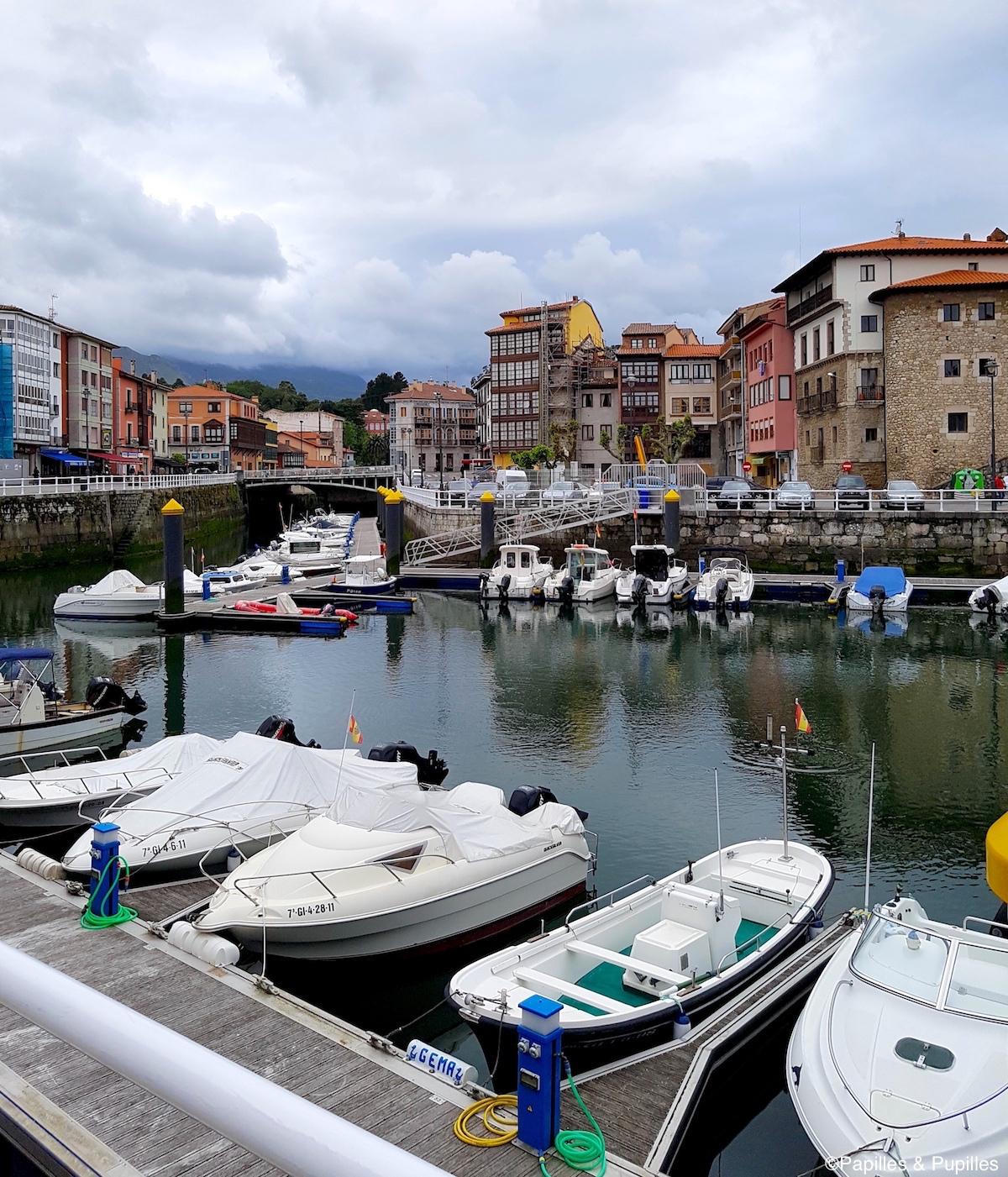 Llanes - Le port