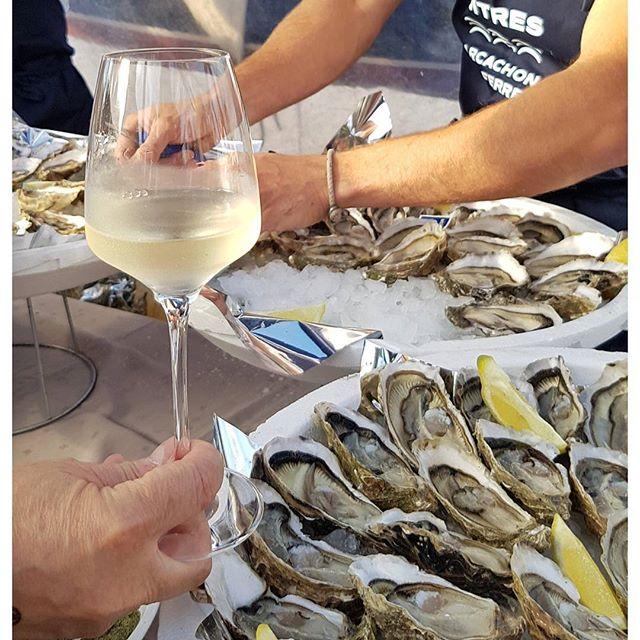 Les Huîtres Arcachon - Cap Ferret , les vins de l'Entre Deux Mers, le Belem ... La belle vie 🥂 #bordeaux