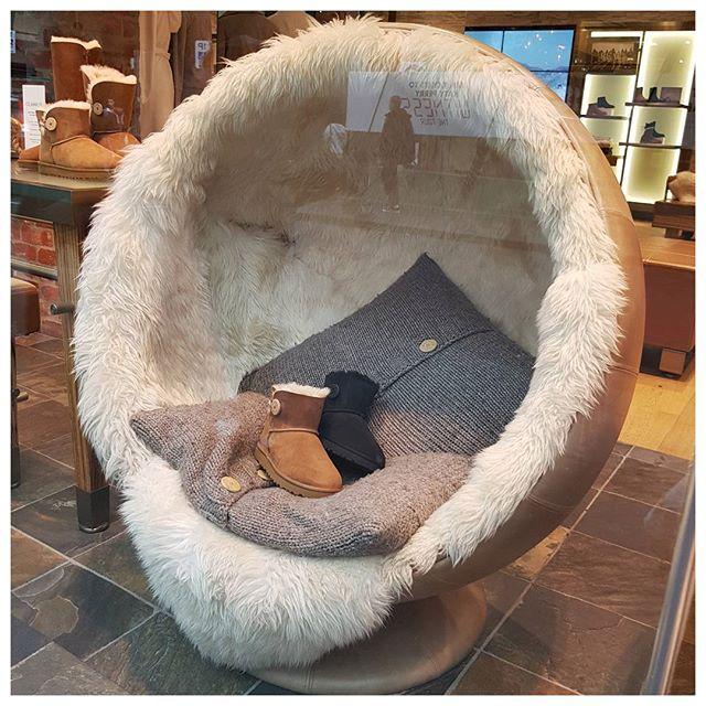Juste envie de se lover dans ces magnifiques fauteuils UGG - J'adore