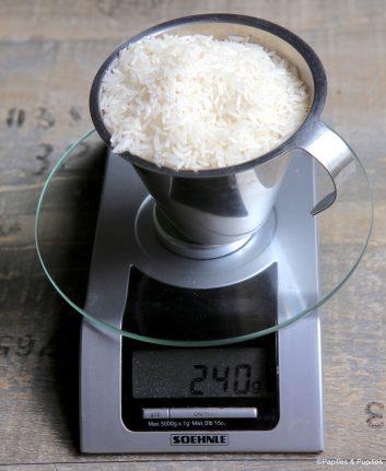 Combien pèse une tasse de riz