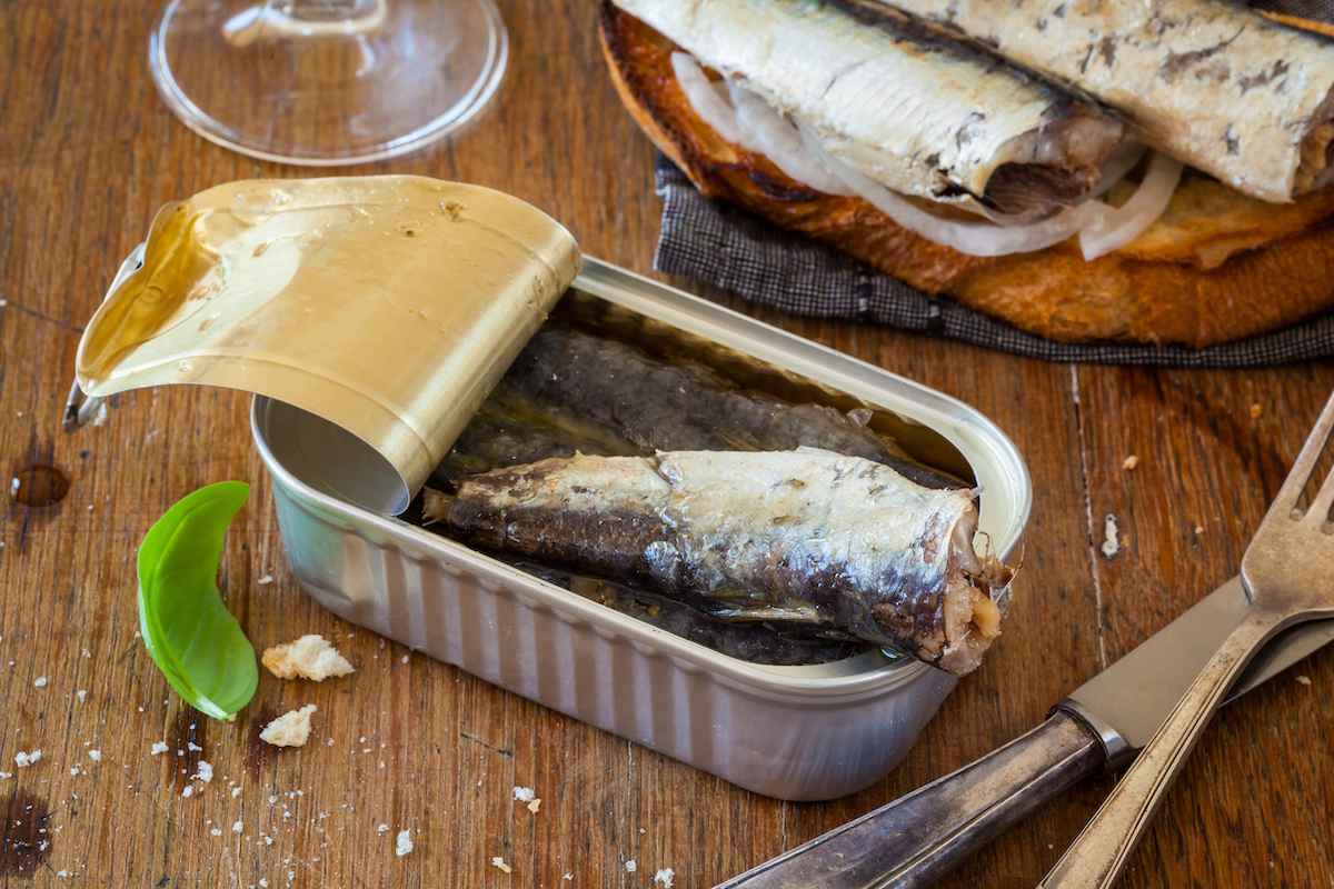 Sardines en boite ©Hans Geel. shutterstock