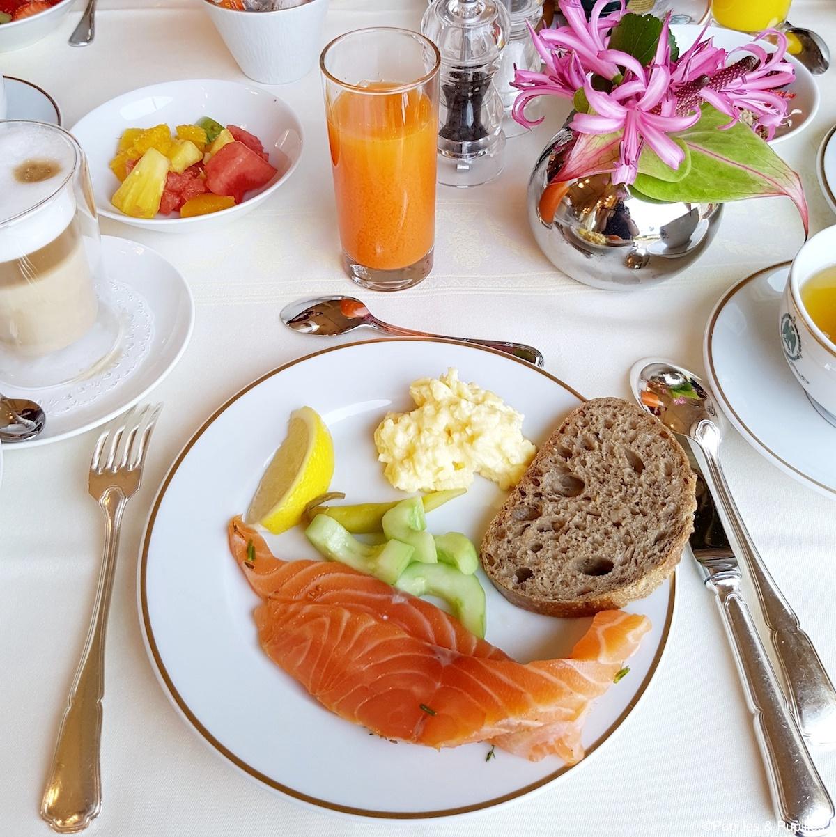 Petit déjeuner Hôtel du Palais