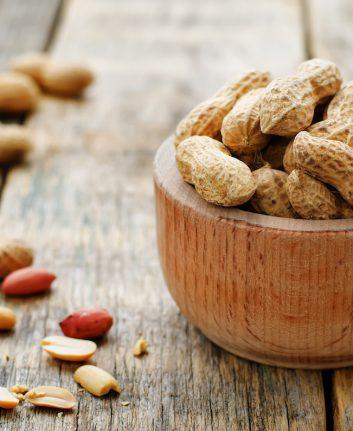 Cacahuètes (c) Nataliya Arzamasova shutterstock