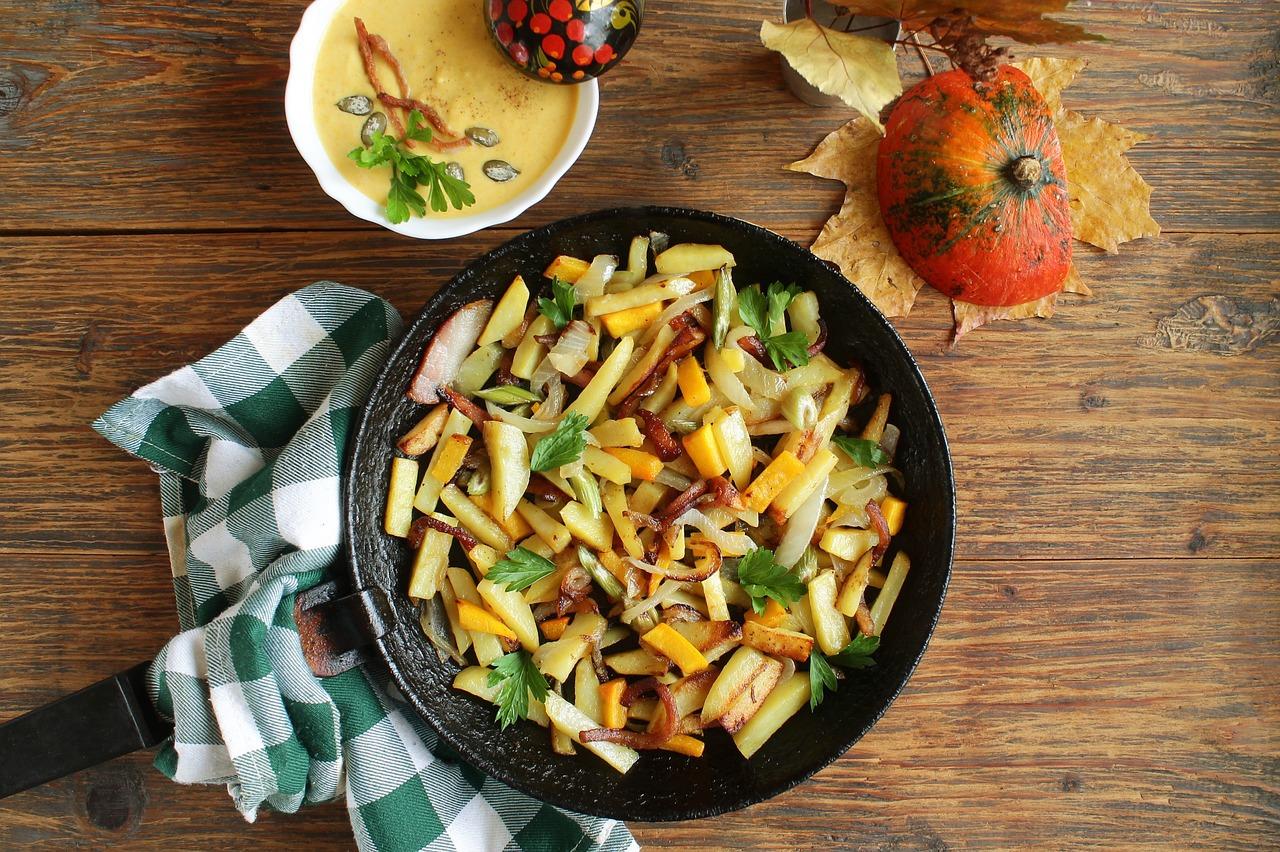 Poêlée légumes et pommes de terre (c) arinaja CC0 Pixabay