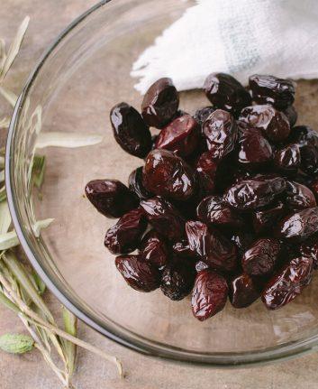 Olives noires (c) photoAC CC0 Pixabay