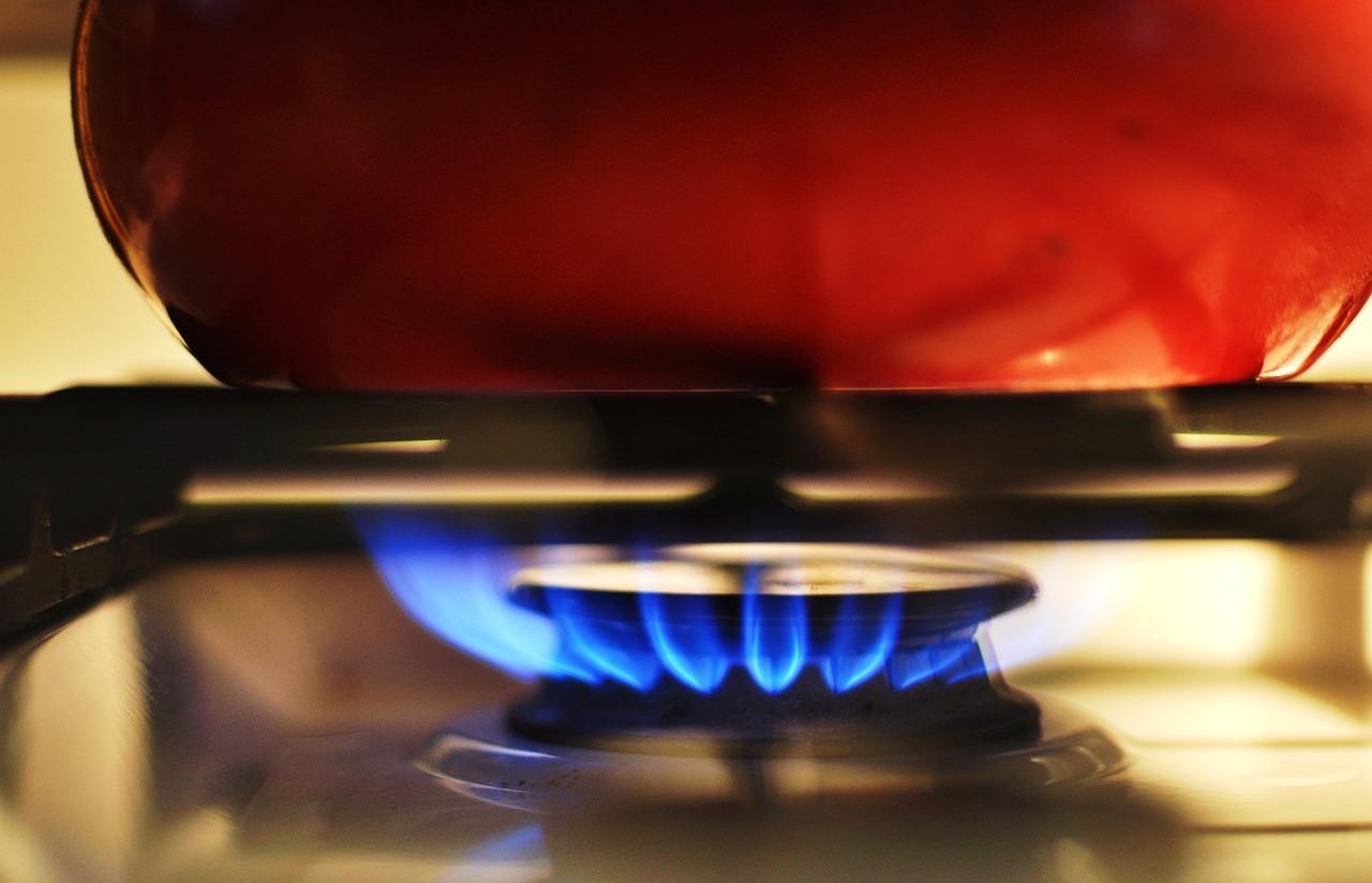 Sur le feu (c) CheapStockImage_com CC0 Pixabay