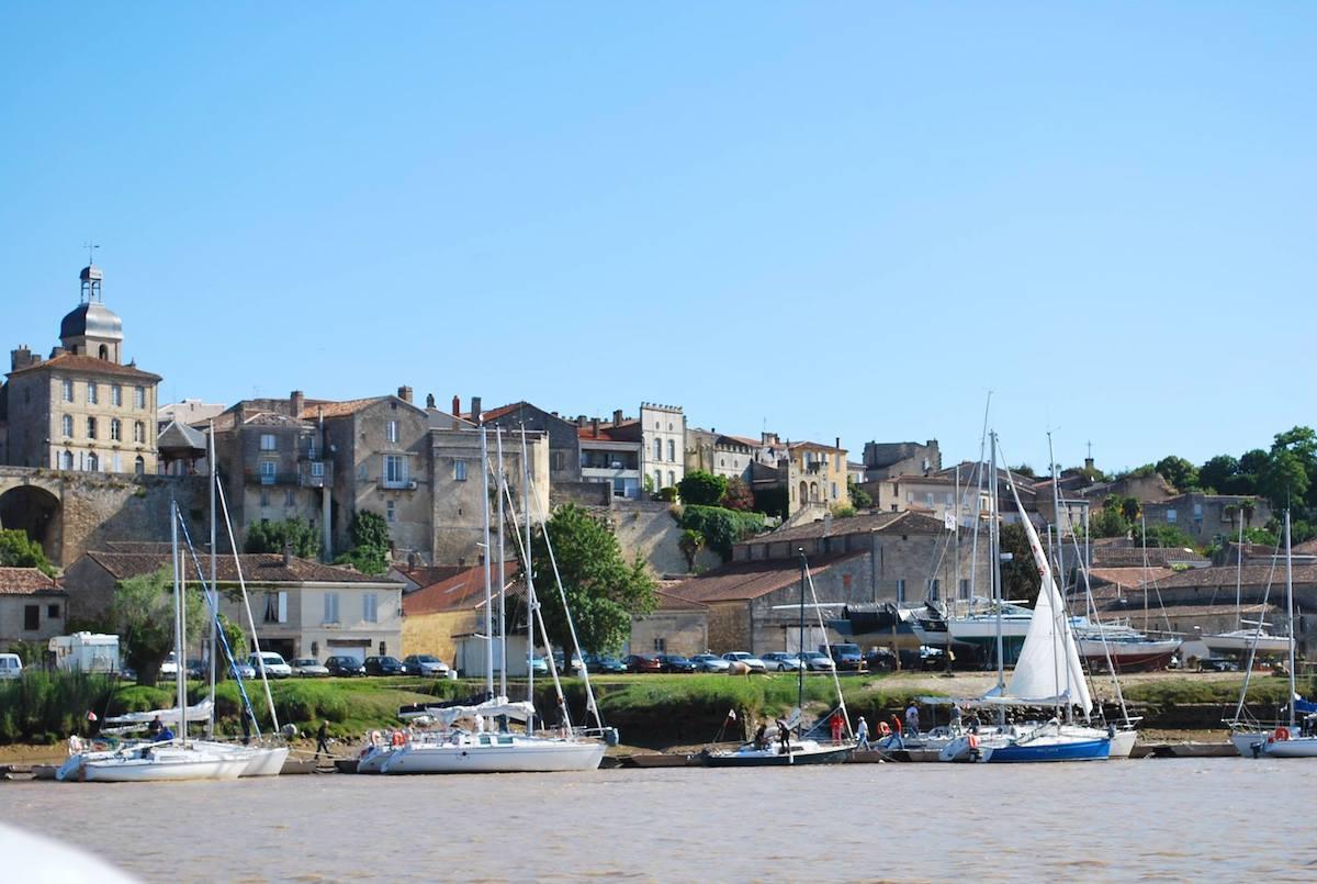 Bourg sur Gironde (c) OT Bourg Cubzaguais Tourisme