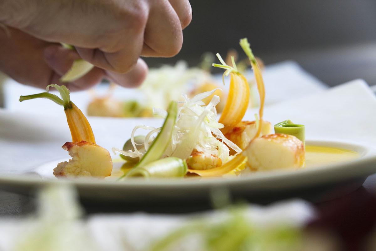 Crabe royal rôti copeaux de légumes - Nicolas Masse - Les Sources de Caudalie - MCellard