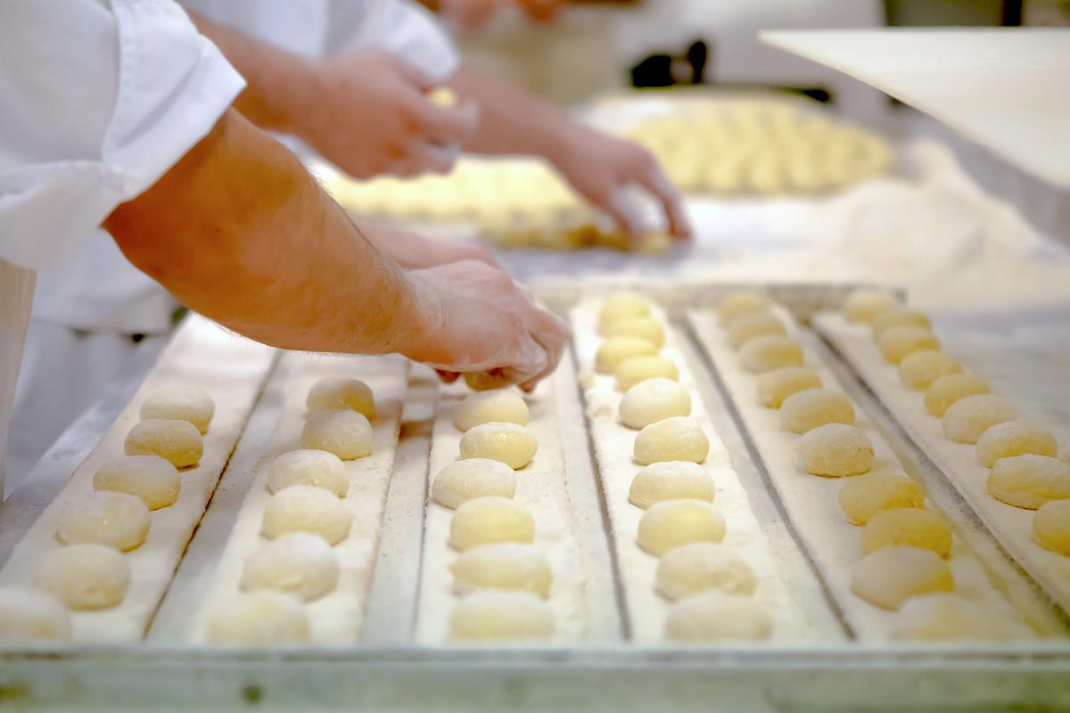 Préparation des beignets - Pologne