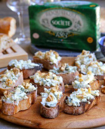 Tartines Roquefort noix
