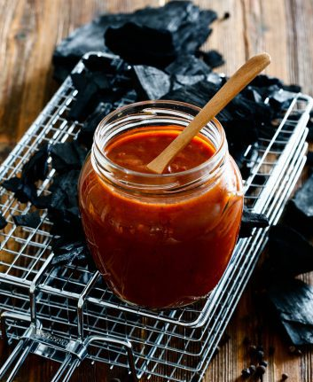 Sauce Barbecue © Elena Trukhina shutterstock