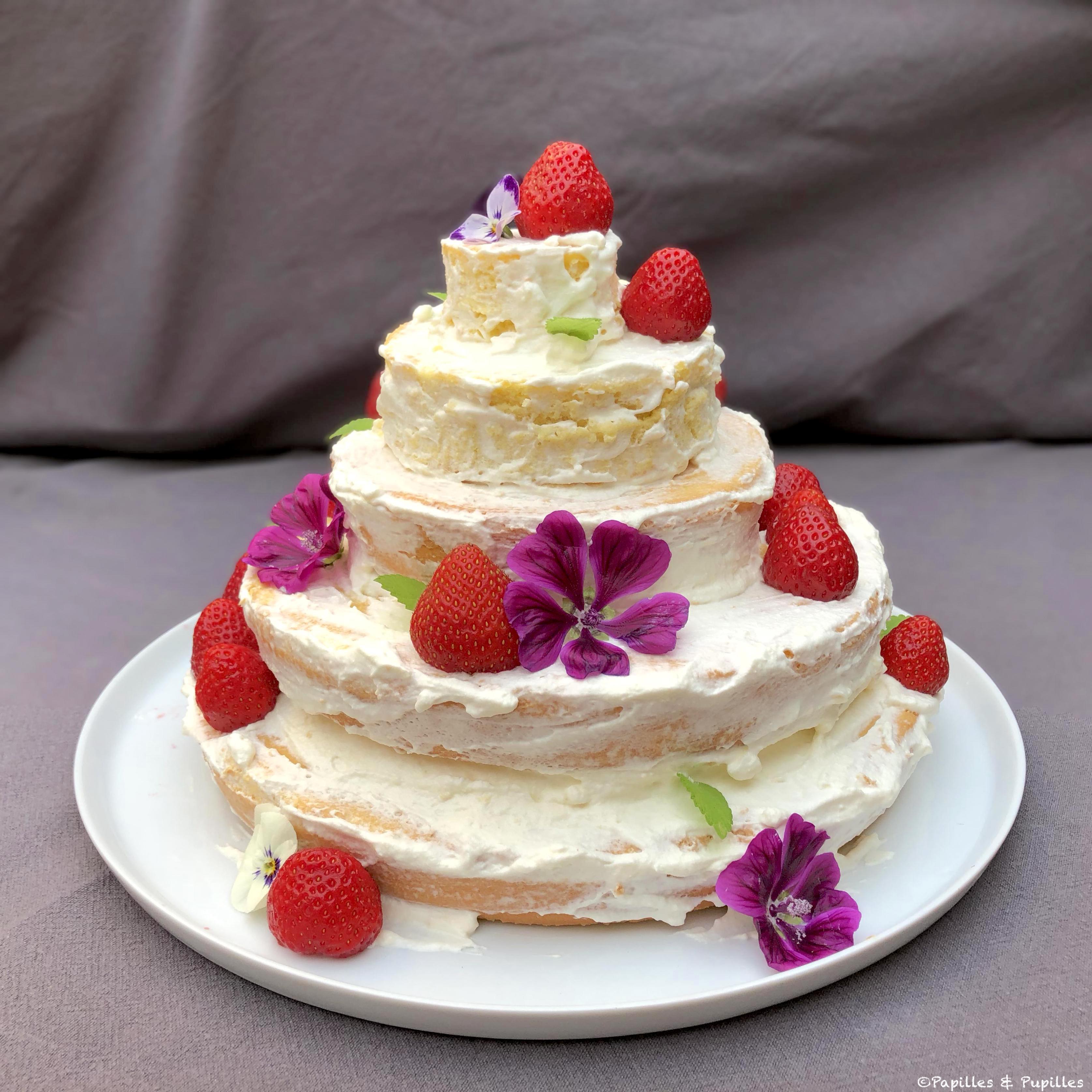 Gâteau Nude aux fraises