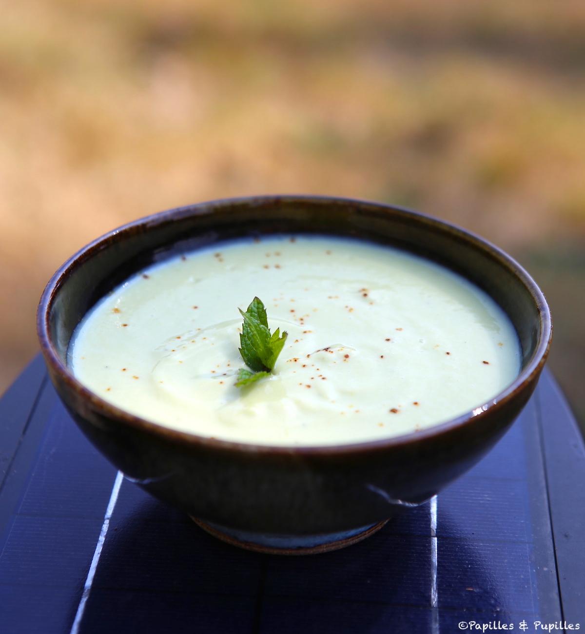 Soupe froide de courgettes et pois chiches