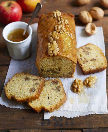 Cake aux noix sans gluten © Aurélie Jeannette