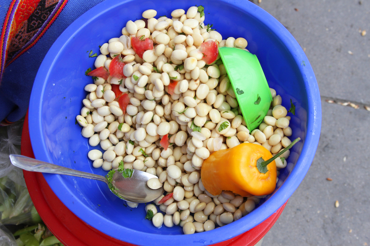 Chochos avec tomate coriandre piment © Janmarie37 shutterstock