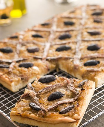 PIssaladière ©Monkey Business Images shutterstock