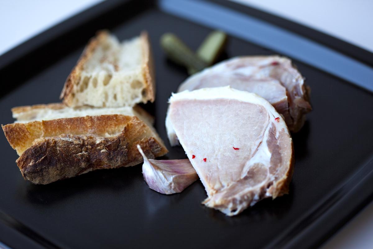 Rôti de porc confit ©redzen2 shutterstock