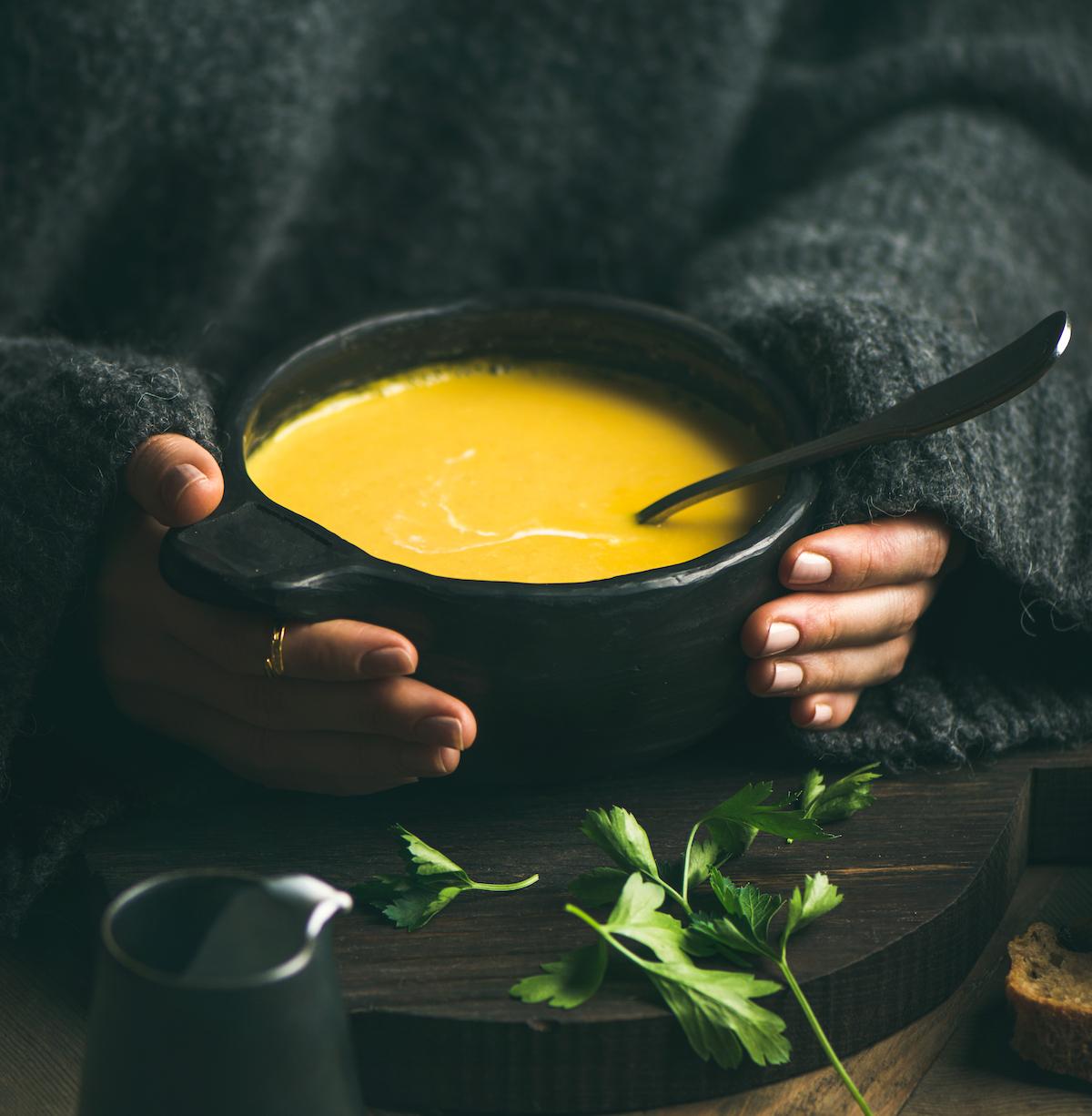 Soupe de légumes © Foxys Forest Manufacture shutterstock